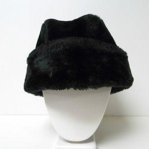 Other - VTG black faux fur cossack hat medium made in USA